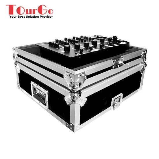 UNIVERSAL 19 INCH MIXER FLIGHT CASE