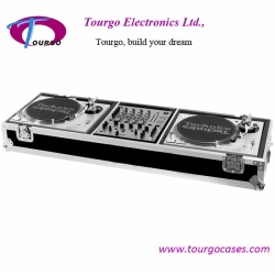 Turntables Coffin For 2 Turntables / Pioneer DJM 500 or DJM600 Mixer OR Other 12' Mixer W/ Wheels